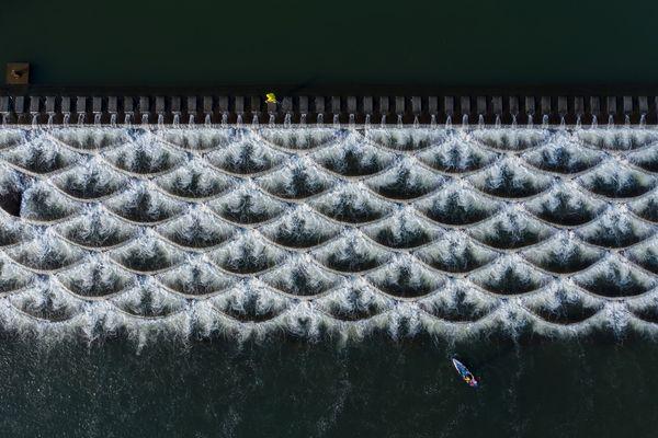 Floating dam thumbnail