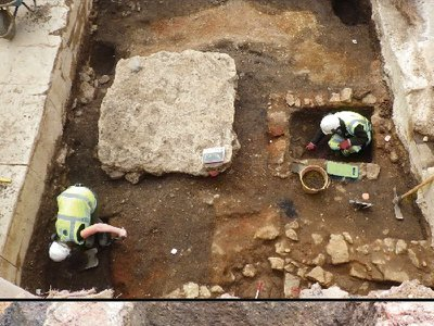 A stone-lined latrine was one of the few surviving remnants of a medieval hall in Oxford's Jewish quarter.
