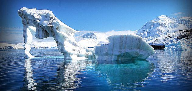 The Larsen Ice Shelf on the Antarctic Peninsula