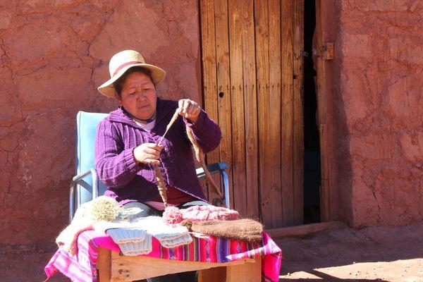 Woman spinning thumbnail