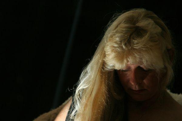 Light in blond hair thumbnail