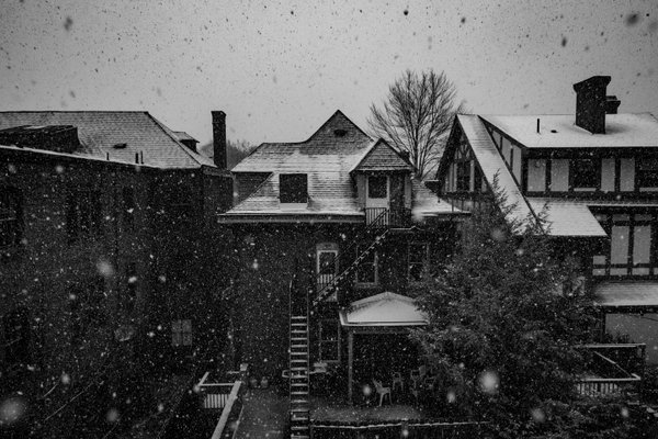 The First Snow in Pittsburgh thumbnail