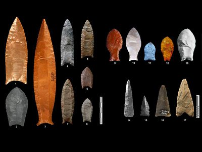 Various types of North and South American fluted points