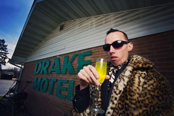 Dew at the Drake Darling thumbnail
