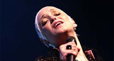 Mariza is gaining a reputation as the new queen of fado.
