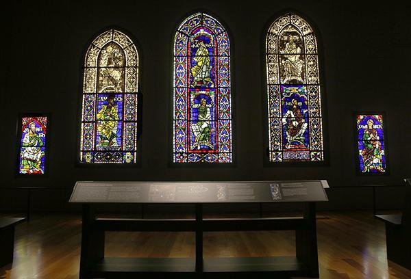 Why Colors You See in an Art Museum Can't Be Replicated Today