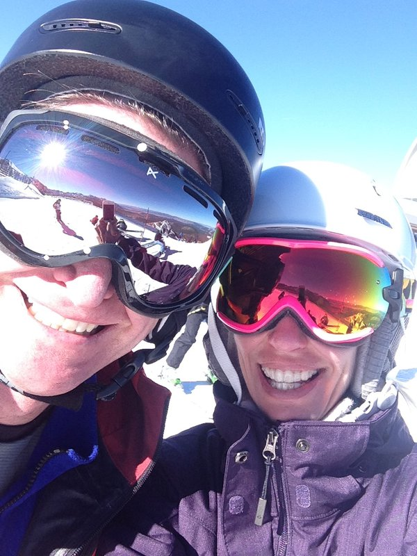 Sunshine and happiness on the top of Mammoth Mountain thumbnail