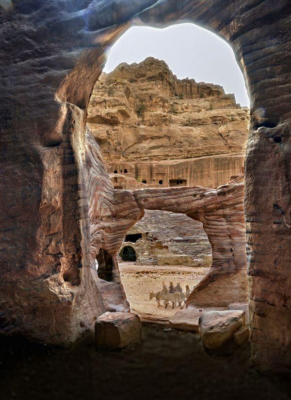 Petra's Mystery thumbnail