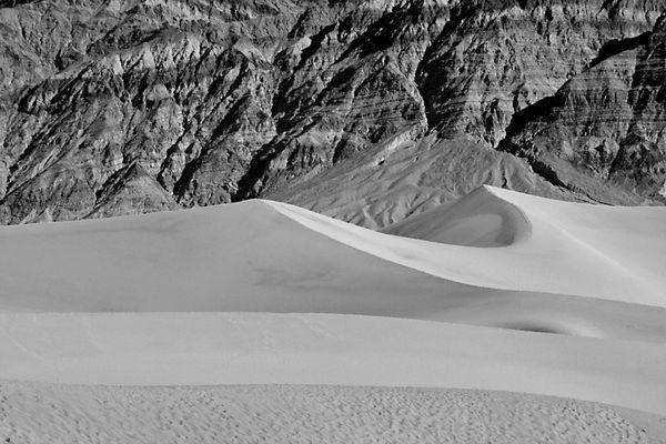Mesquite Flat Sand Dunes, Death Valley National Park thumbnail