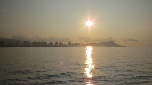 A brand new day in Waikiki thumbnail