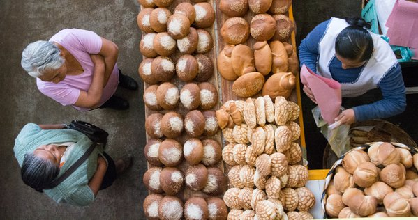 Buying bread thumbnail