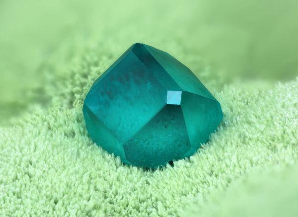 Dioptase mineral thumbnail