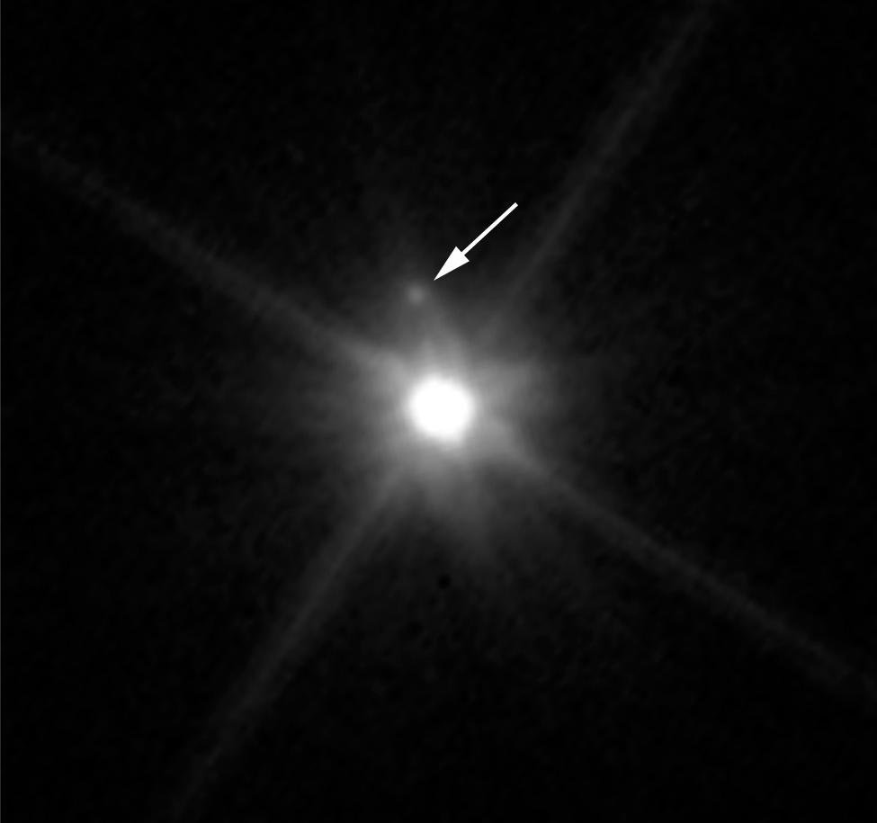 Hubble Spies a Tiny Moon Orbiting Dwarf Planet Makemake