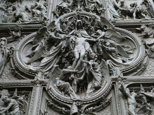 Intricate Relief on The Gothic Duomo in Milan, Italy thumbnail
