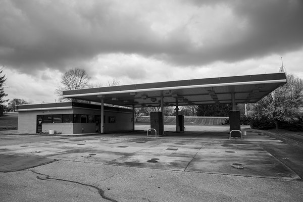 Abandoned Gas Station in Pennsylvania thumbnail