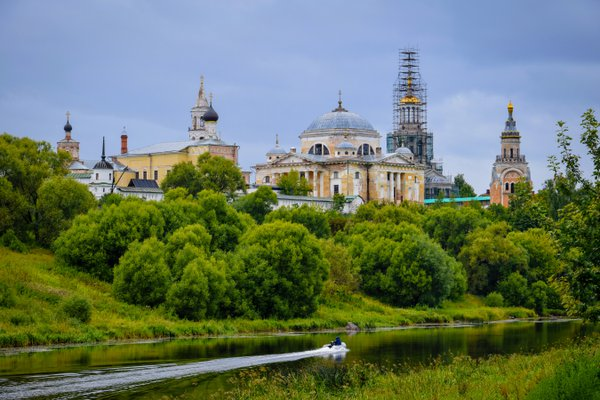 Harsh scenery of Torzhok county town thumbnail