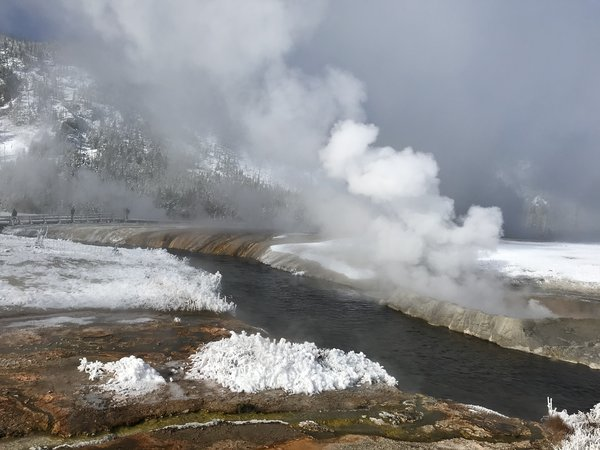 Hot springs in Yellowstone National Park thumbnail