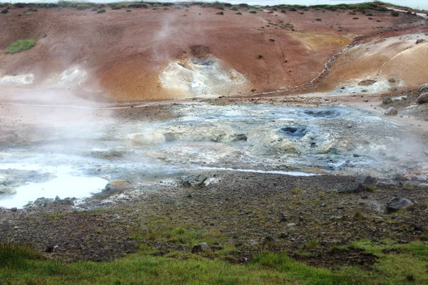 Geothermal area in Iceland thumbnail
