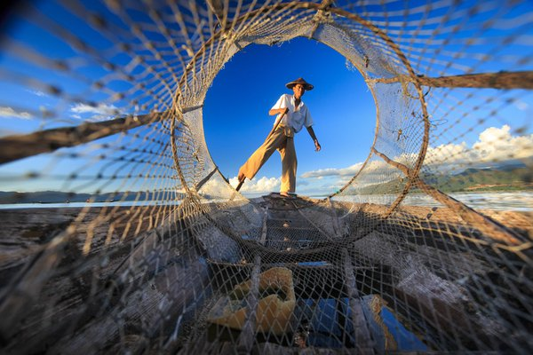 The fisherman from inle lake  at myanmar . thumbnail