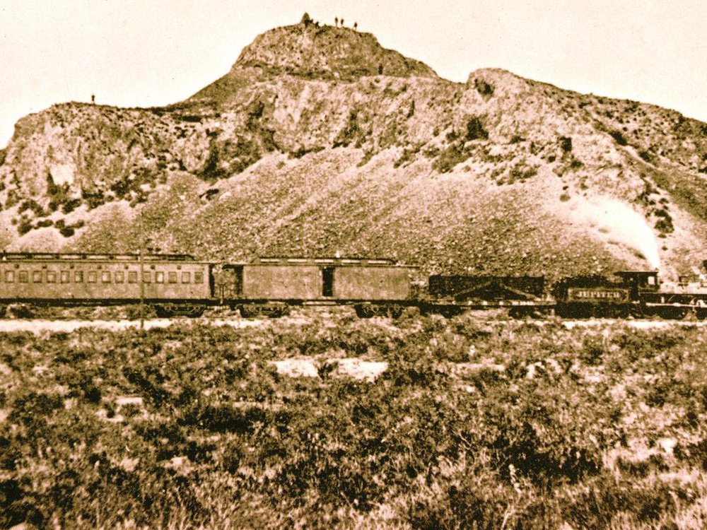 1869 May 9 heading to Promontory Alfred A. Hart photo.jpg