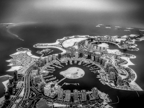 The Pearl Qatar in Black & White thumbnail