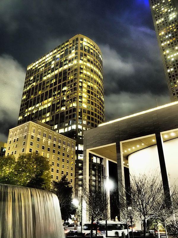 An artistic night in Houston thumbnail