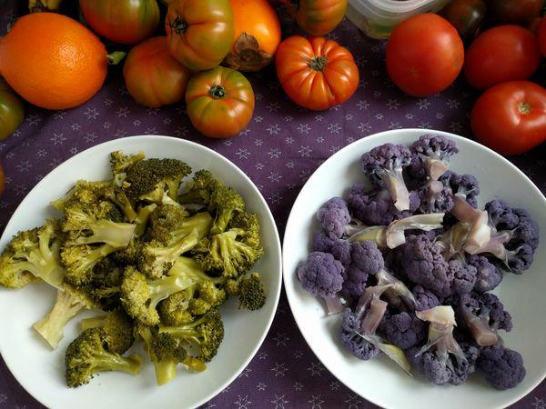 Smoker-broccoli  and broccoli healthy person thumbnail
