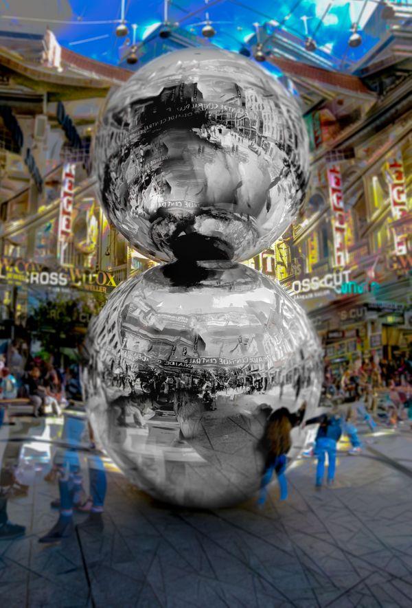 Big Balls in the Mall thumbnail