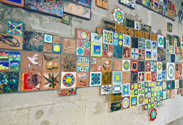 Tile wall thumbnail