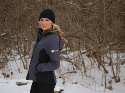 This winter jacket is light, thin and made of the same special ingredient that insulates astronaut spacesuits.