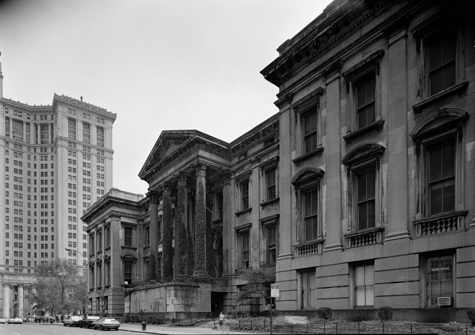The condition of the main facade in 1979, showing absence of the main steps