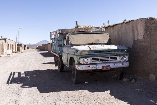 Ghost Town Truck thumbnail