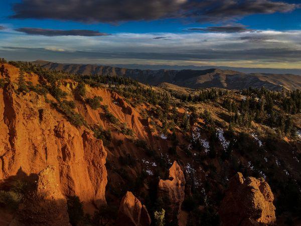 Sunset over Devil's Kitchen, Utah thumbnail