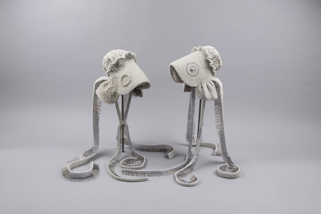 Two wire bonnets