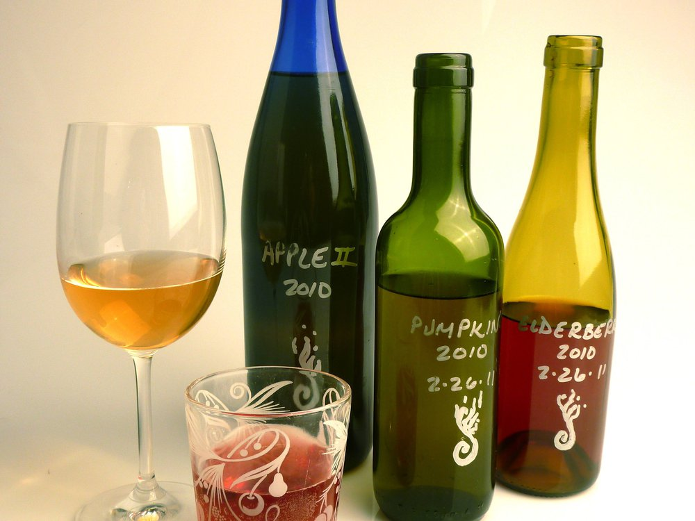 Apple, pumpkin and elderberry wine from Will o' Wisp Wines