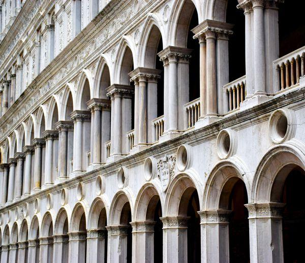 Venetian Pillars thumbnail