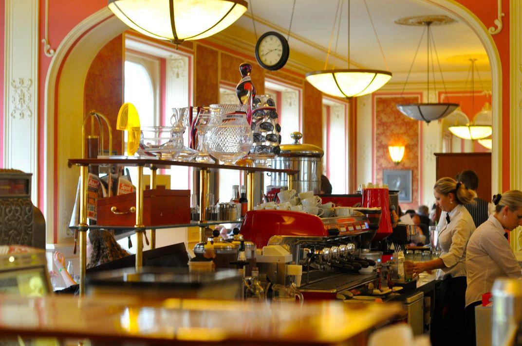 12 Cafés Every History Buff Needs to Visit