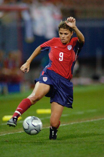 Mia Hamm, Soccer