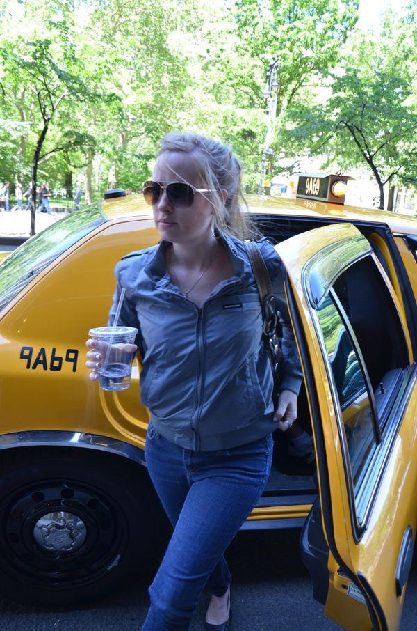 Taxi & Coffee thumbnail