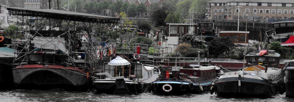 Thames Houseboats