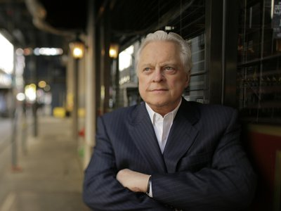 """Celebrating his 20th anniversary as the host of Turner Classic Movies, Robert Osborne describes his job as """"such luck."""""""