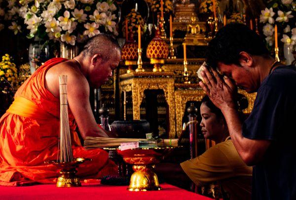 Buddhism in Bangkok thumbnail
