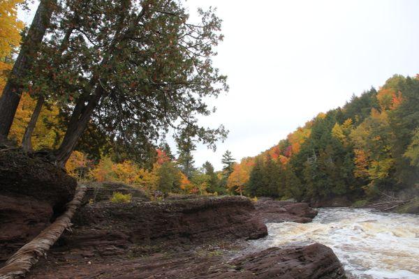 Autumn at Sandstone Falls thumbnail
