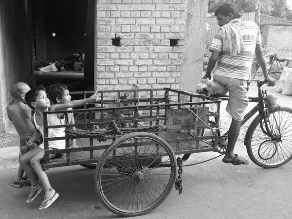 Street Childs of Calcutta thumbnail