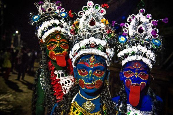 Face Painting at Gajon Festival. Nikon D750, 24-120 Lens, f/4.5, ISO-5000, s-1/125s, f- 35mm thumbnail