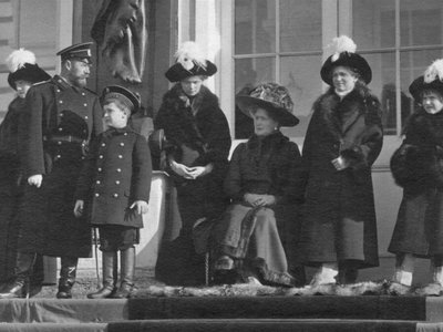 The Russian Imperial Family on the steps of the Catherine Palace