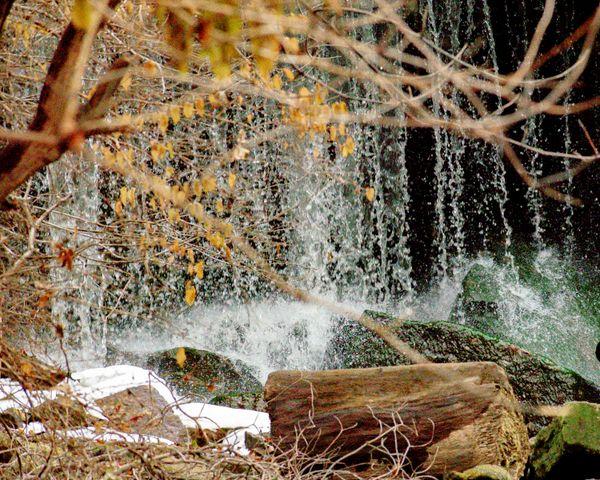 Waterfall in Iowa thumbnail