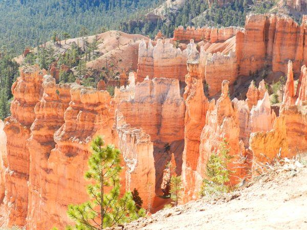 Hoodoo Rock Formations thumbnail