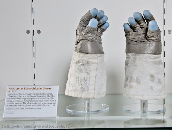 Neil Armstrong's Gloves and Visor from Moon Mission Go on View at Udvar-Hazy Center