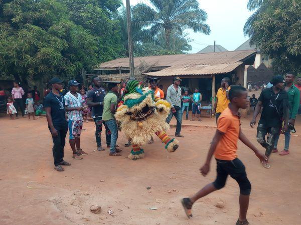 Masquerade dancing to Ntinye Omu Amanasa, Umuchu, Anambra state, Nigeria thumbnail